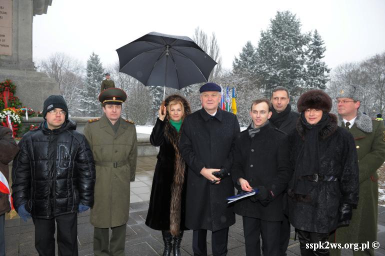 69-rocznica-wyzwolenia-warszawy-Delegacja Stowarzyszenia Spadkobierców  z Ambasadorem Federacji Rosyjskiej i osobami towarzyszącymi